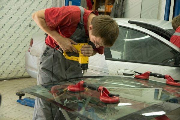 Ремонт сколов на стекле авто своими руками 18